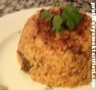 Kıymalı Pirinç Pilavı Tarifi 1