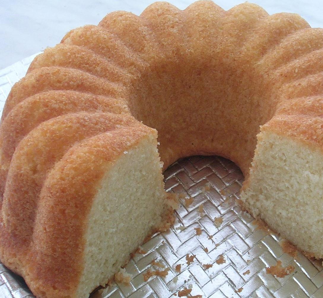 Ev yapımı düz kek. Lezzetli ve orijinal tarifi