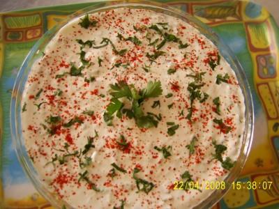 Yoğurttan Salata Tarifleri 5