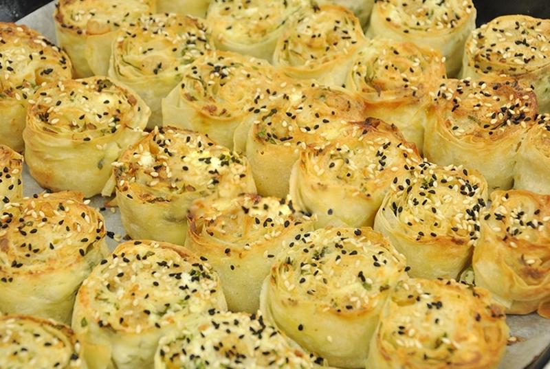 Peynirli Börek Traifleri Sunumu