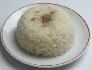 Sade Pirinç Pilavı lezzetli