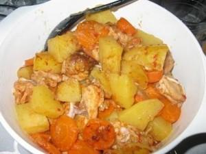 tavuklu-patates-yemegi  (2)