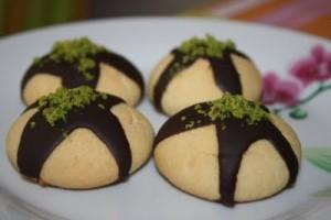 cikolata-soslu-kurabiye-tarifi (1)