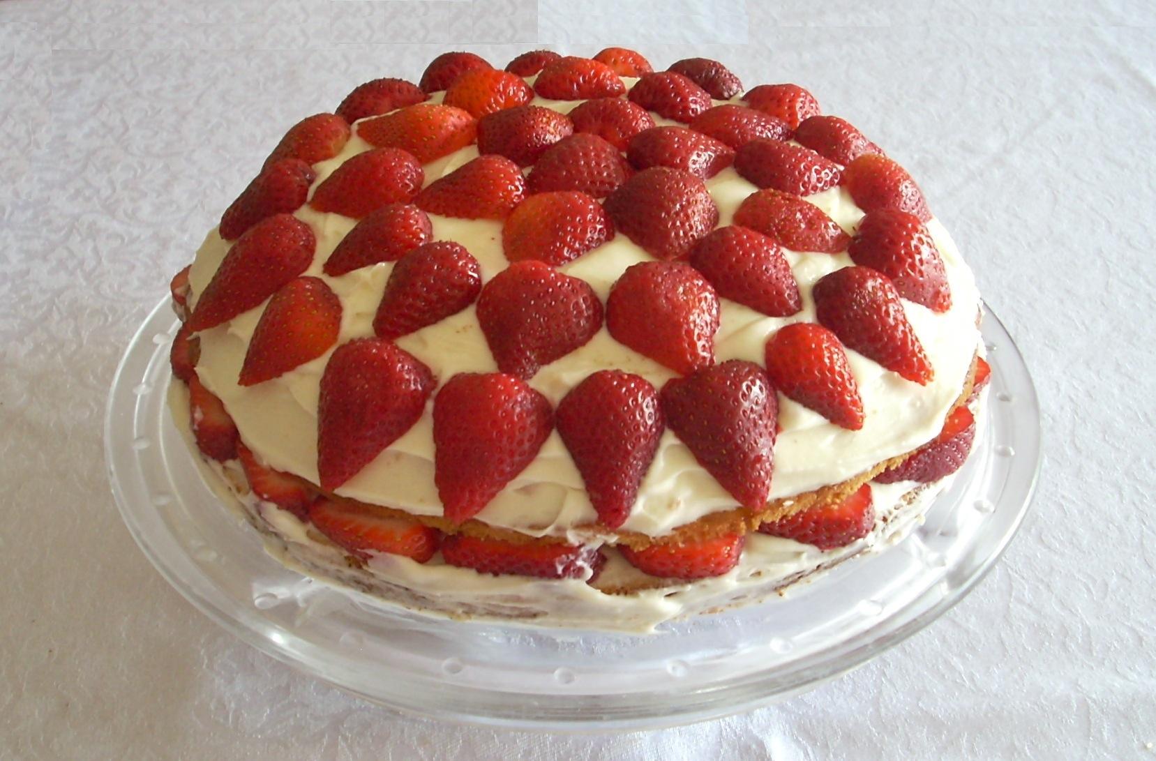 Çilekli Pasta 4