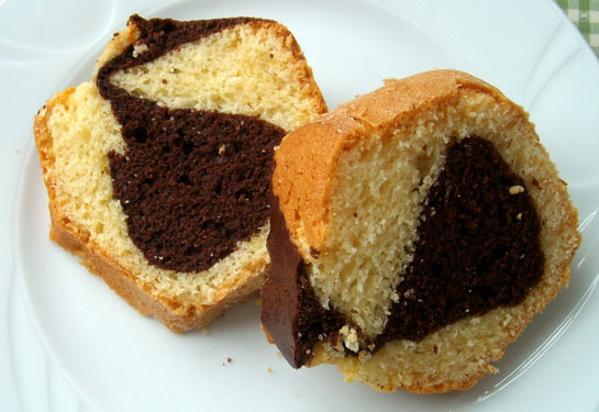 Çikolatalı Yumuşak Kek Tarifi 1