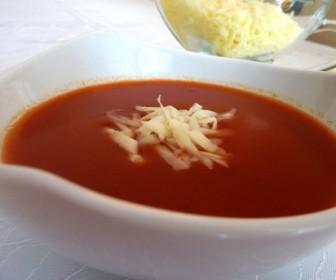 Rendelenmiş Kaşar Peynirli Domates Çorbası 3