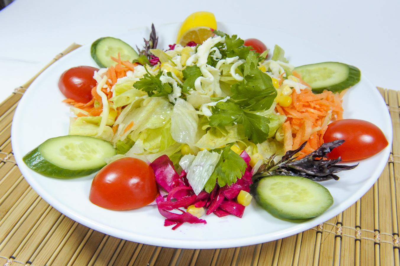 Mevsim Salata Tarifi 1