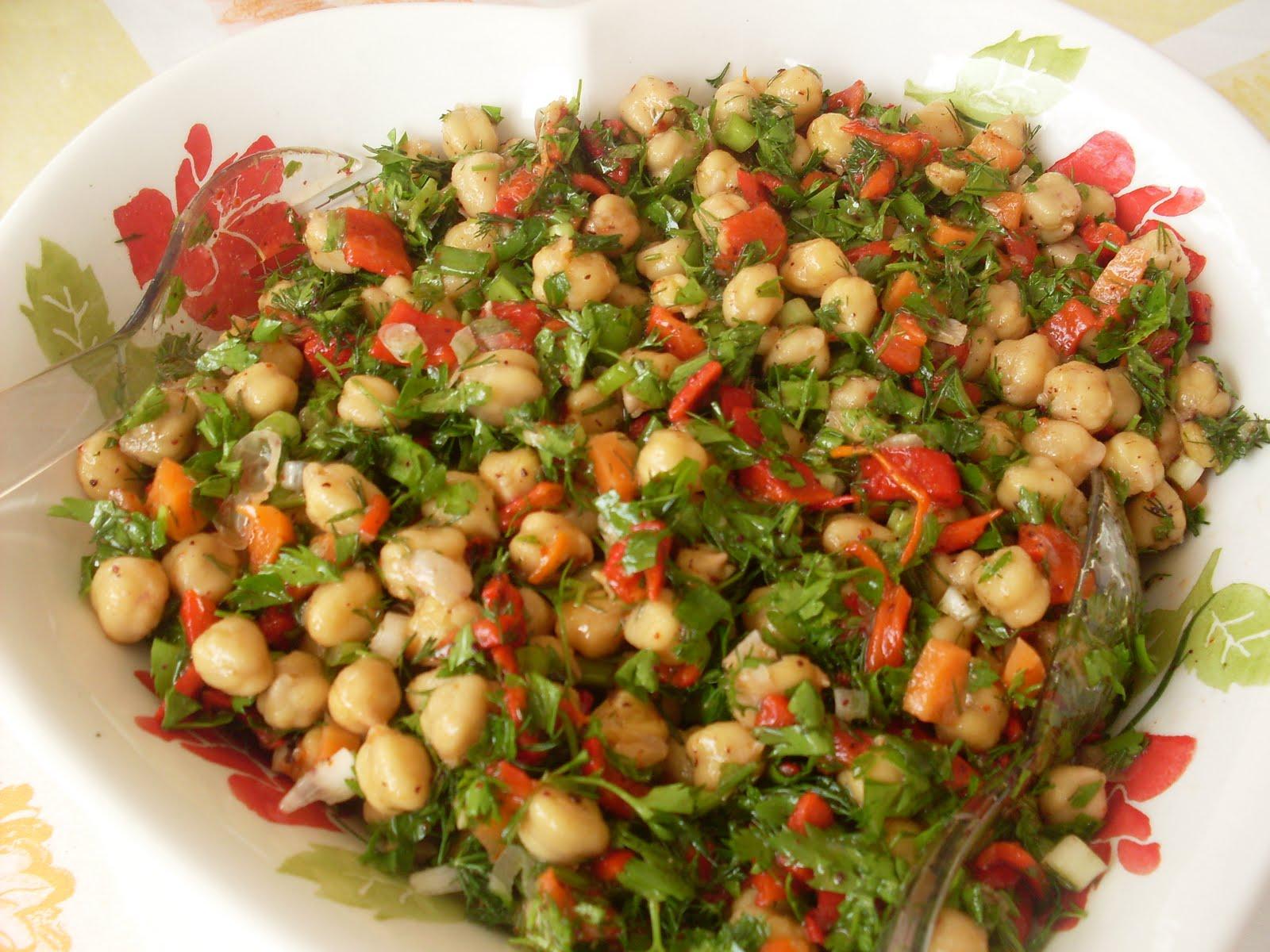 Zeytinyağlı Nohut Salatası 2