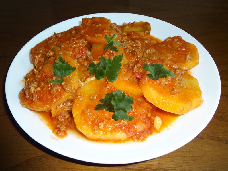 firinda-kiymali-patates-tarifi  (1)