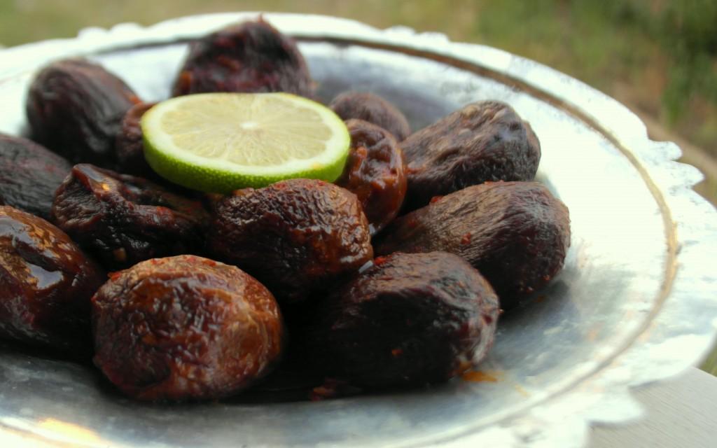 Zeytinyağlı Kuru Patlıcan Dolması 1