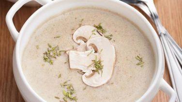 Zeytinyağlı Mantar Çorbası Tarifi