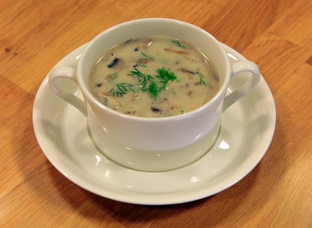 Zeytinyağlı Mantar Çorbası Tarifi 3