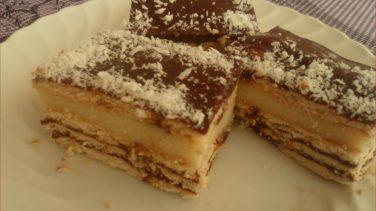 Pudingli Bisküvili Pasta