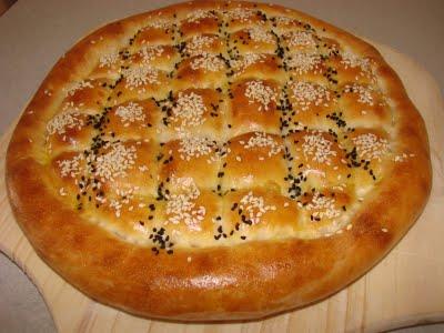 Çörek Otlu Susamlı Ramazan Pidesi Tarifi 3
