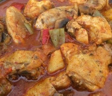 Sacda Tavuklu Yemek 1