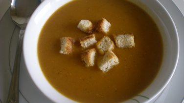 Sebzeli Süzme Mercimek Çorbası Tarifi