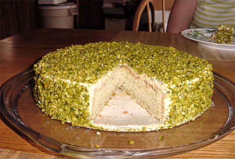 Kolay Yaş Pasta Tarifi 2