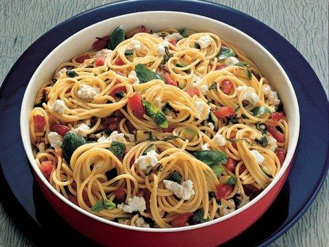 sebzeli-spagetti-tarifi-6