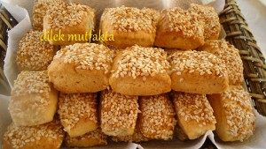 pratik-tuzlu-kurabiye