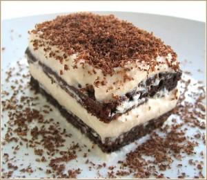 Pratik Yaş Pasta Tarifi 4