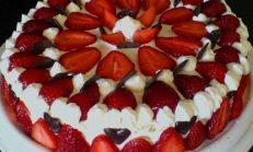 Çilekli Pasta Tarifi, Meyveli Pasta, Yaş Pasta,Pasta Tarifi