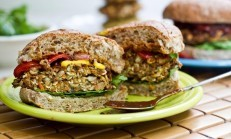 Vegan Burger Tarifi