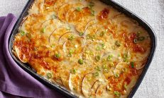 Fırında Biberli ve Peynirli Patates